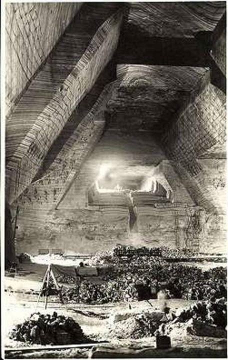 43 Ocna Dejului, interiorul minei, aprox_ 1940