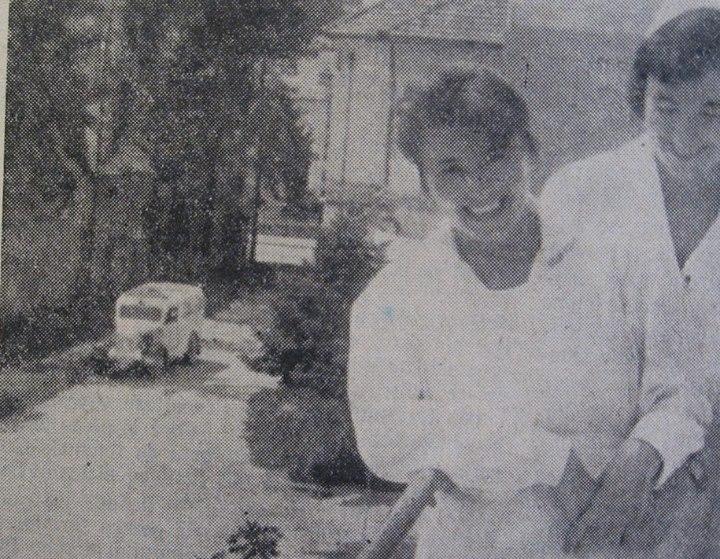 """44 Dej, 1962_ Felcera Viorica Tatiş şi asistenta Maria Popandron de la secţia """"Interne"""""""
