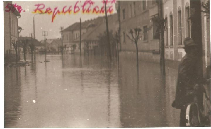 44 Dej, inundatii 1970_ Str_ Republicii, actuala Regina Maria