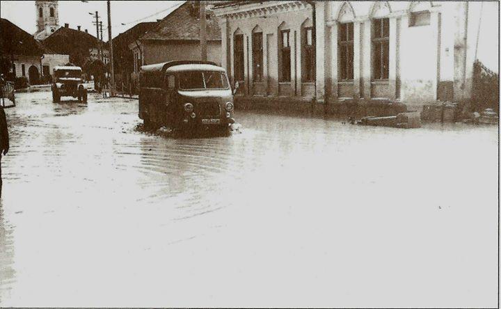 8 Dej, inundatiile din 1970, langa _Andrei Muresanu