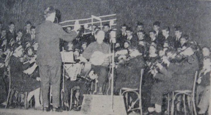 92 Corul si orchestra Scolii Medii din Dej, 1962