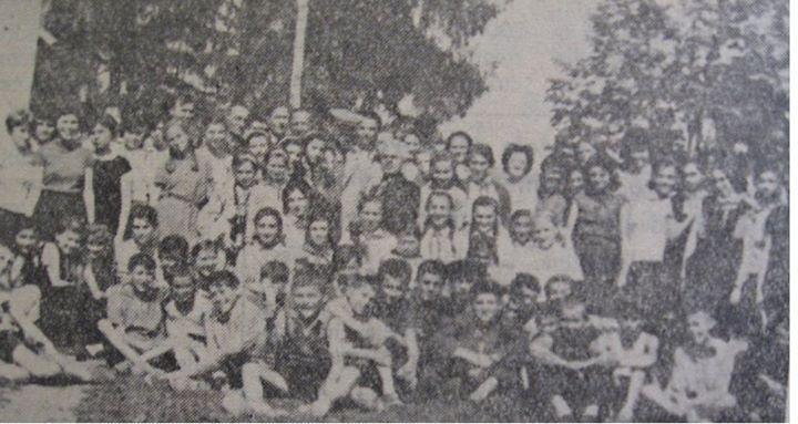 95 Dej, 1962_ Elevii Scolii de 8 ani nr_ 1 Dej, in vizita la Catcau